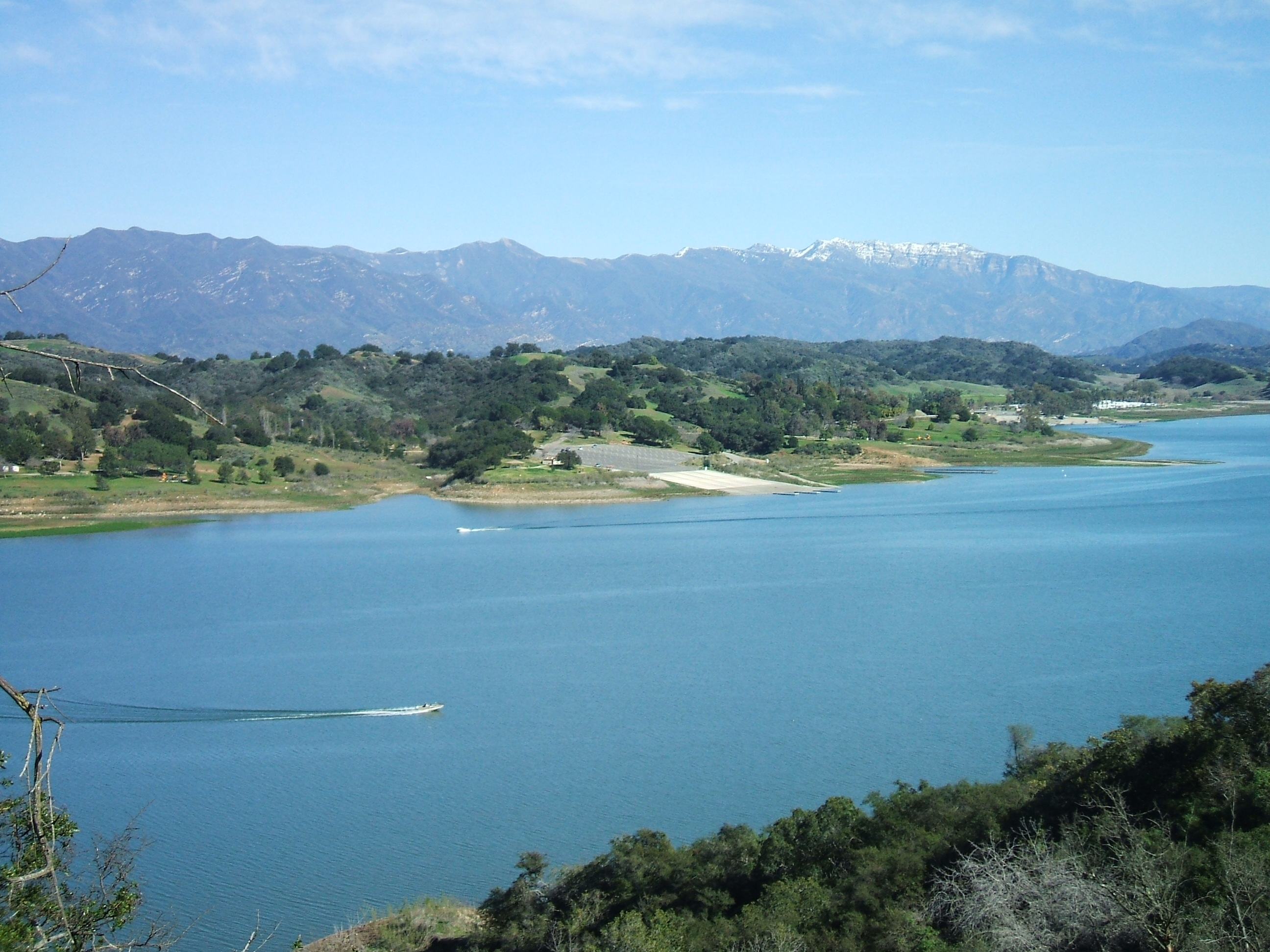 boating and fishing lake casitas recreation area