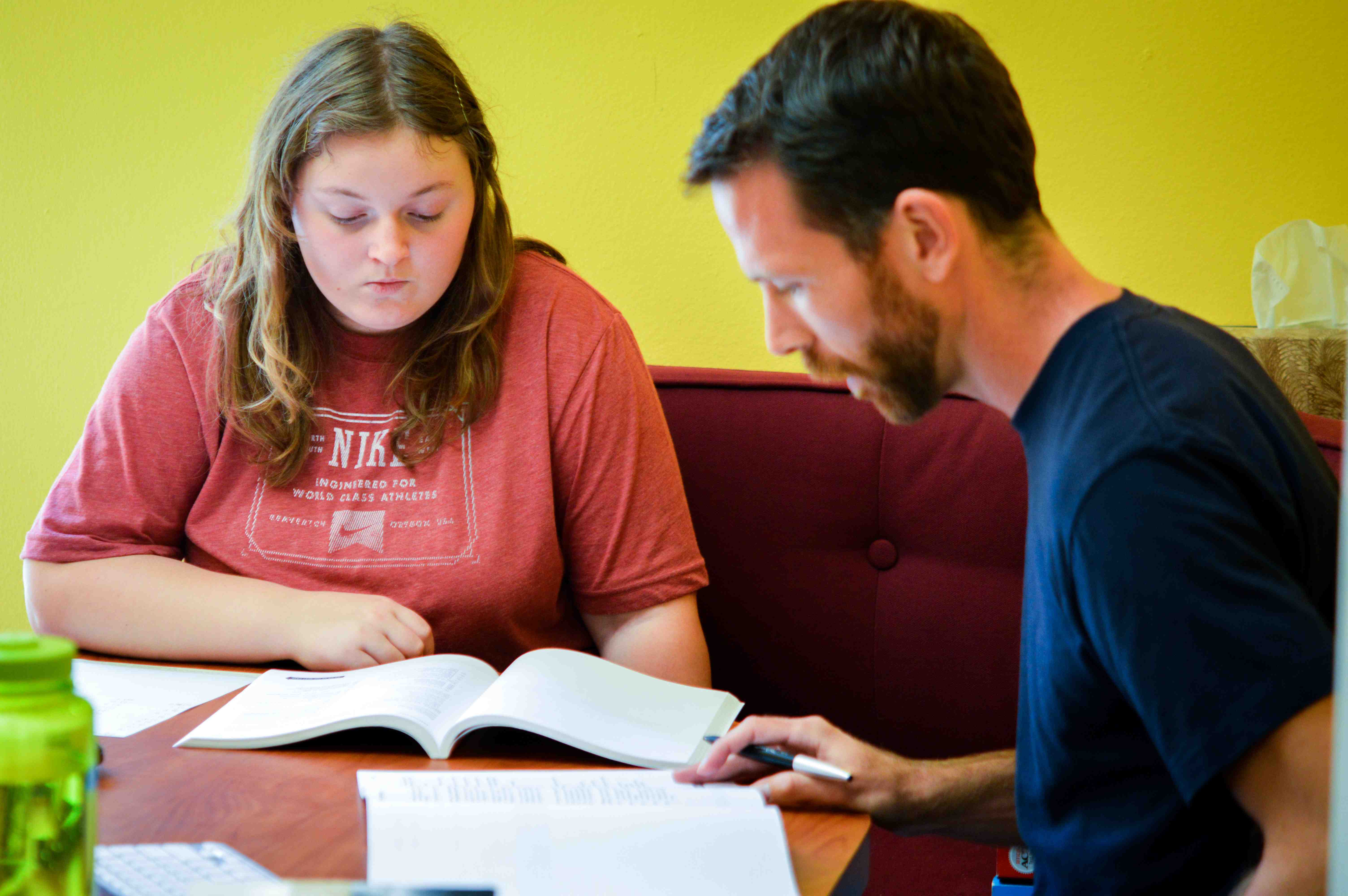 writing tutors online Online tutoring the mt sac writing center now offers free online writing tutoring for all mt sac students on this page, you will find detailed.