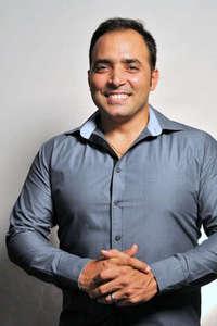 Carlos J Rodriguez