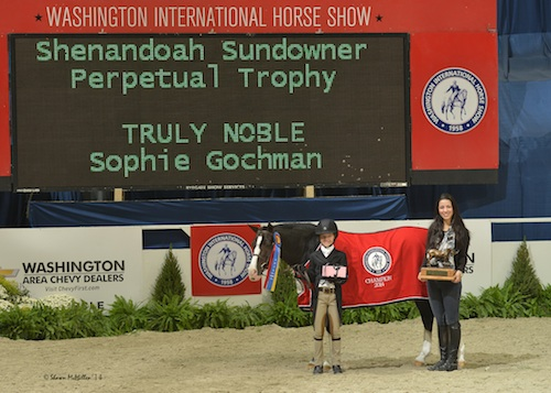 Truly Noble and Sophie Gochman in their championship presentation